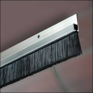 Türbodendichtung mit Bürste für Garagentore - Dollex4 IBS