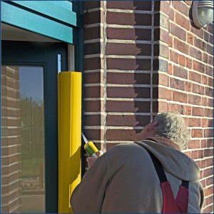Klemmschutz an der Tür in gelb - Kita-Max