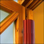 Fingerschutz-Profil an Kita-Eingangs-Tür