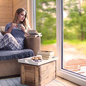 Fenster und Türen abdichten mit selbstklebender Dichtung